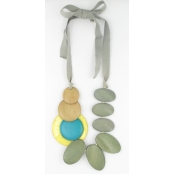 Collier long couleurs naturelles