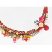 Collier africain rouge